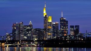 Frankfurt night sky line
